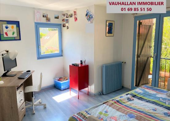 MAISON 4 PIECES AU COEUR DU VILLAGE DE VAUHALLAN